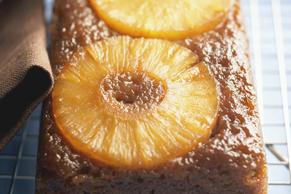 Gâteau aux bananes renversé à l'ananas