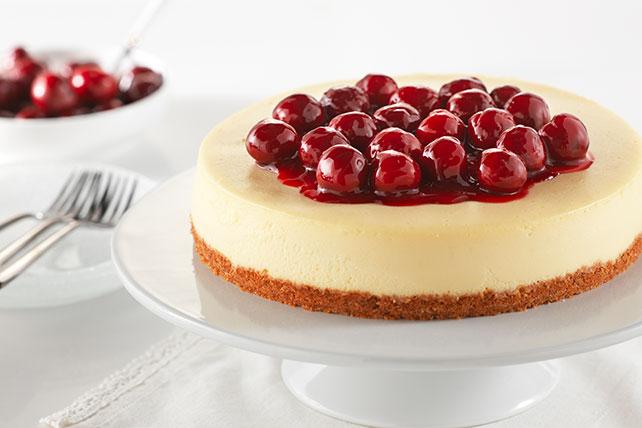 Cheesecake cubierto de cerezas clásico  Image 1