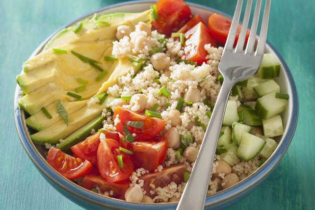 Bol de couscous, de pois chiches et de légumes Image 1