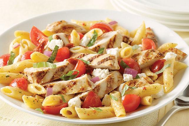 Salade de pâtes au poulet de style bistro Image 1