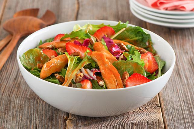 Salade CATALINA au poulet et aux petits fruits Image 1
