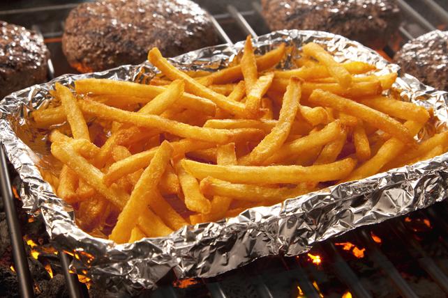 Frites en allumettes grillées et ketchup au sriracha  Image 1