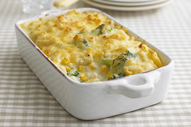 Casserole de pâtes au fromage, au maïs et au brocoli Image 1
