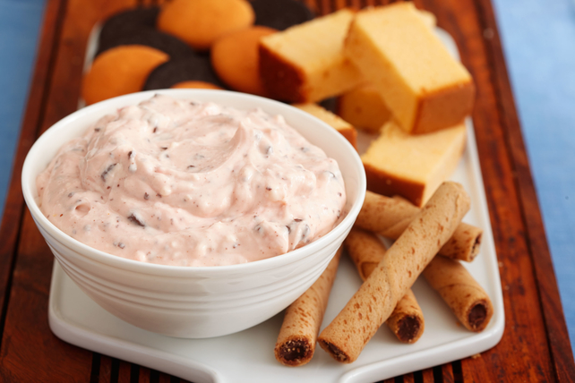 Peppermint Cheesecake Dip Image 1