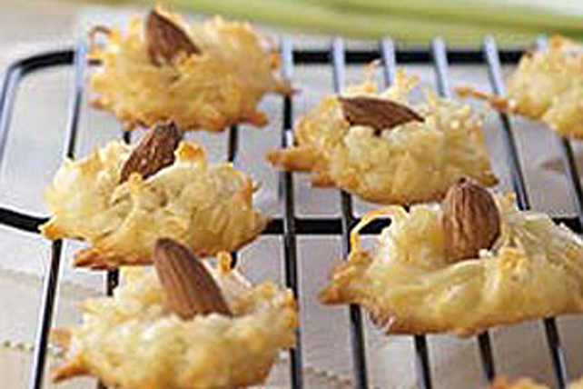 Coconut-Almond Kisses Image 1
