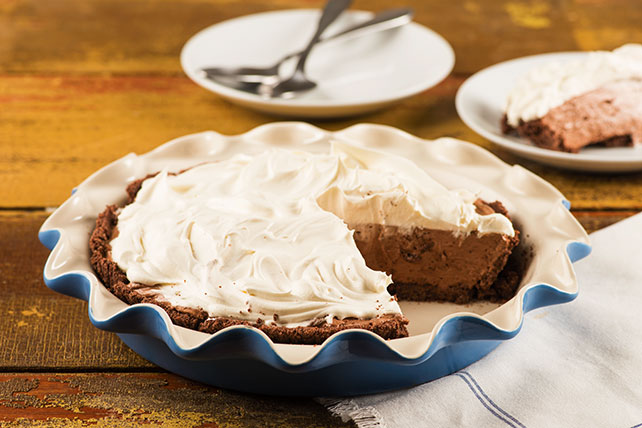 Favourite Double-Layer No-Bake Pudding Pie Image 1