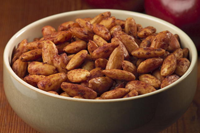 LEA & PERRINS Barbecued Almonds Image 1