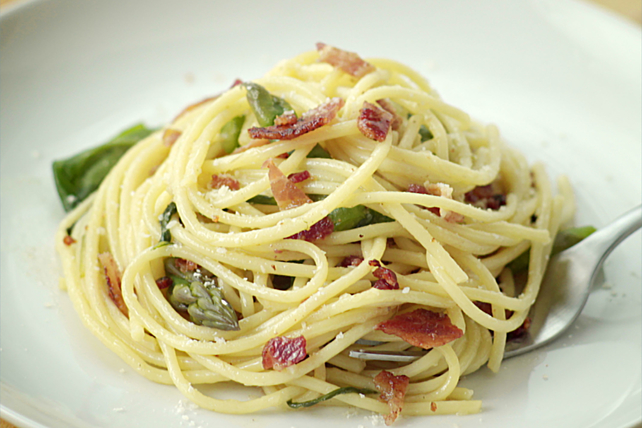 Bacon-Vegetable Spaghetti Toss Image 1