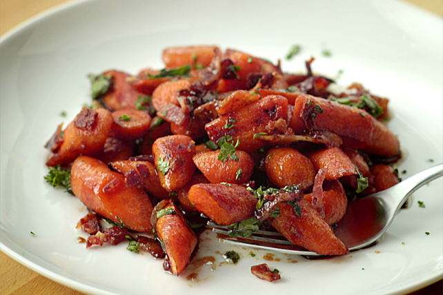 Balsamic-Soy Glazed Roasted Carrots with Bacon Image 1