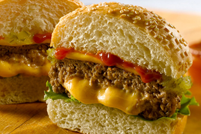 Burgers farcis au fromage HEINZ  Image 1