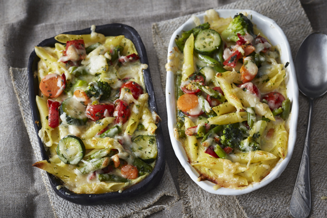 Alfredo Pasta Bake with Mediterranean Vegetables
