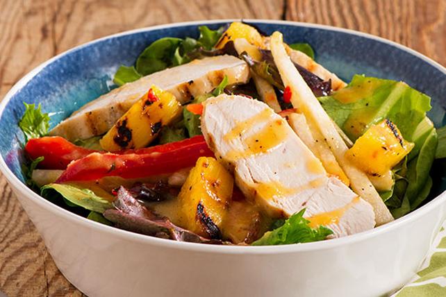 Salade de poulet et d'ananas grillés Image 1