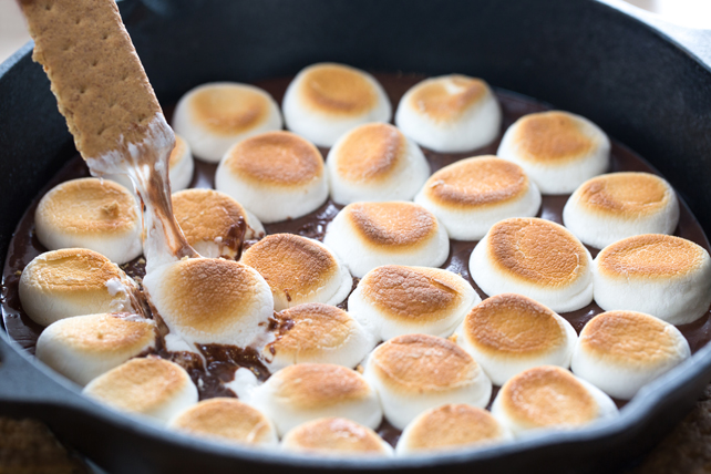Easy S'mores Dip Image 1