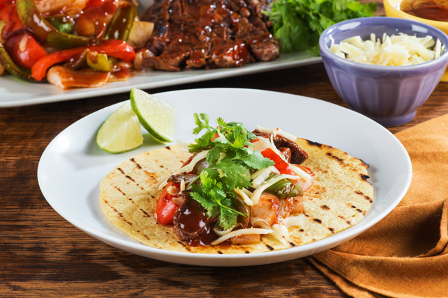 Easy Grilled Steak Fajitas Image 1