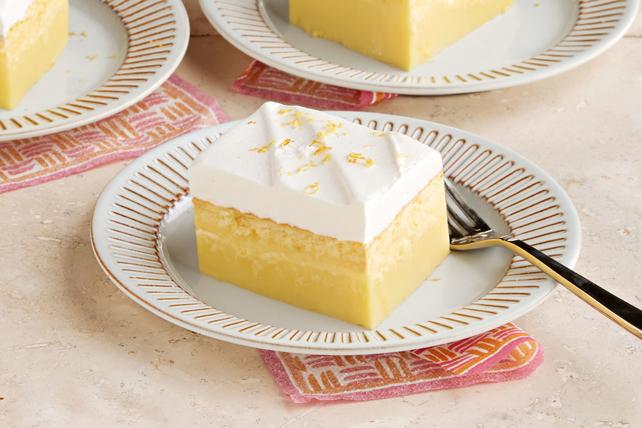 Pastel de limón mágico en capas Image 1