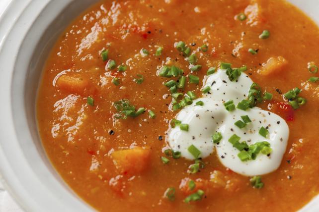 Soupe aux tomates et aux lentilles rouges Image 1