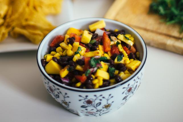 Salsa aux haricots noirs et à la mangue Image 1
