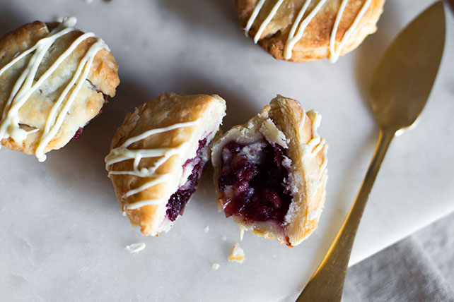 Mini White Chocolate-Cranberry Pies Image 1