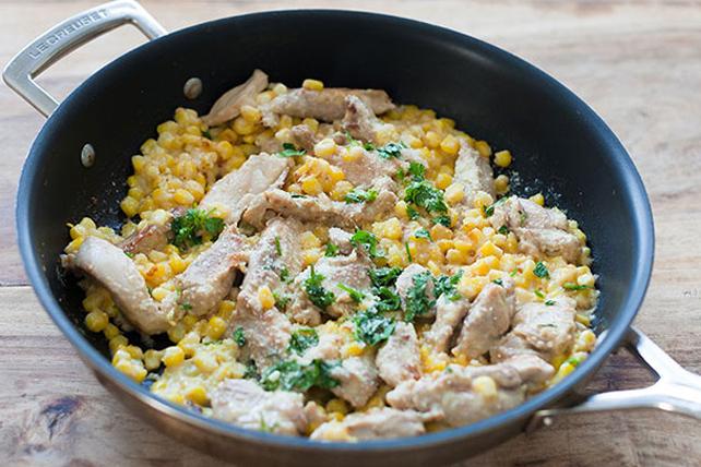 Poêlée de poulet et de maïs au parmesan à la mexicaine Image 1