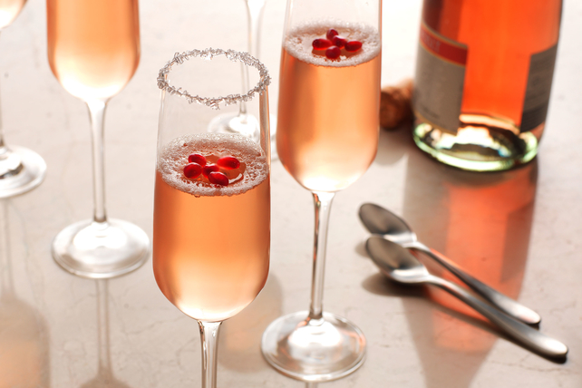 Festive Champagne Gelatin Image 1