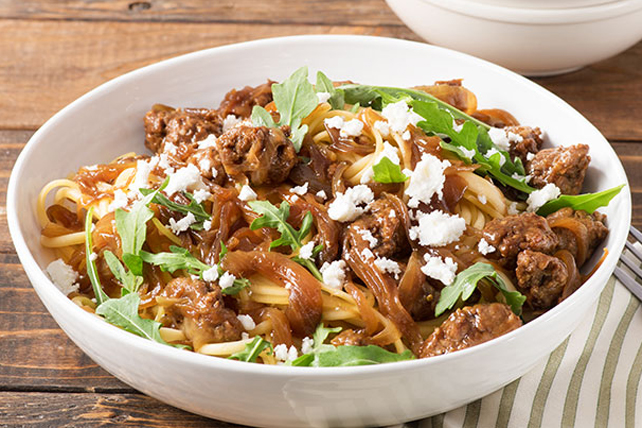 Pasta with Arugula & Caramelized Onions