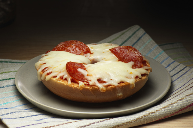 Pepperoni Pizza Bagel Image 1