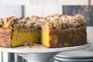 Pumpkin Crumble Cheesecake