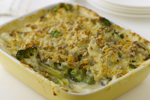 Simple Cheese Broccoli Bake