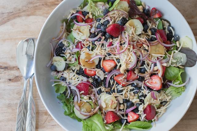 Salade de poulet aux baies et au fromage Habanero  Image 1