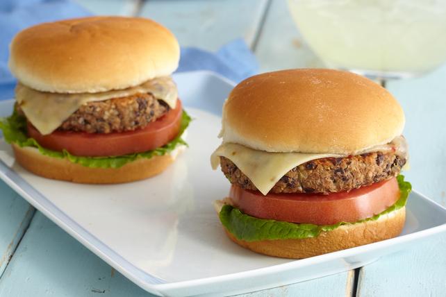 Black Bean & Quinoa Burgers Image 1