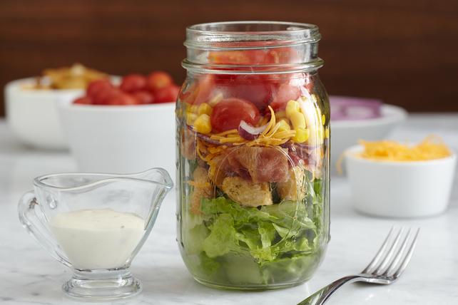Salade au bacon et à la vinaigrette Campagne dans un pot Image 1
