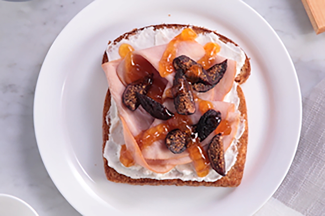 Apricot-Glazed Ham and Fig Toast Image 1