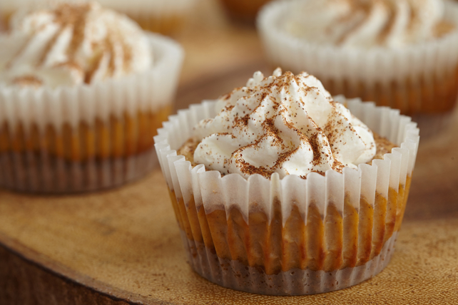 Mini Pumpkin Spice Latté Cheesecakes Image 1