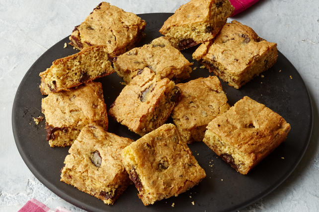 COOL WHIP Walnut Blondies Image 1
