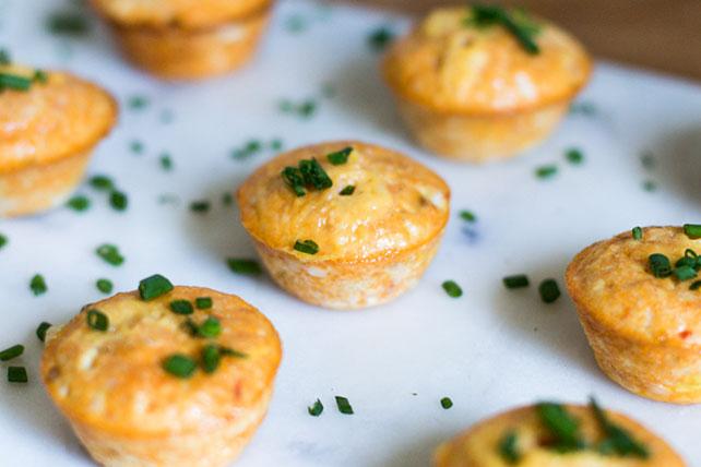 Mini-hors-d'œuvre de frittata au fromage et à la salsa Image 1