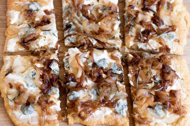 Pizza aux oignons caramélisés et au gorgonzola Image 1
