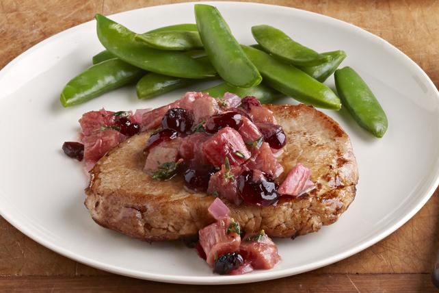 Côtelettes de porc au chutney à la rhubarbe pour deux Image 1