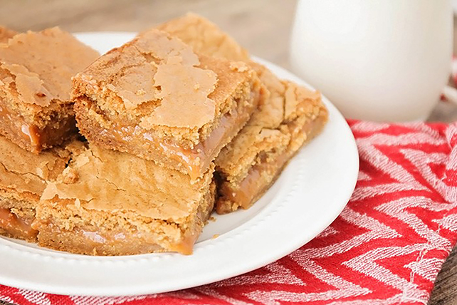 Caramel Cookie Bars Image 1