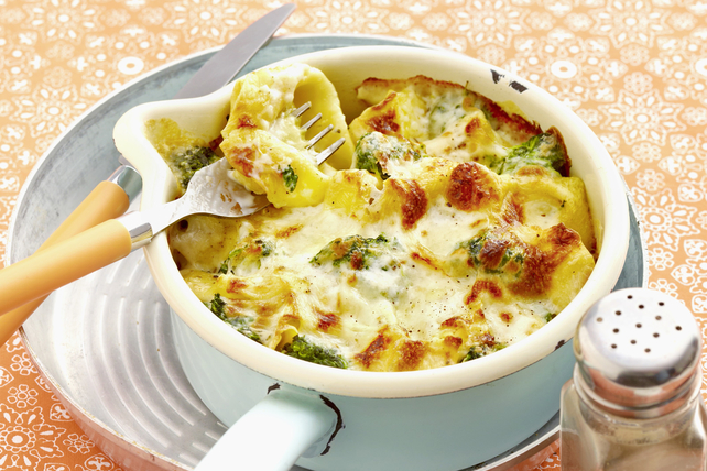 One-Pot Tortellini and Broccoli au Gratin Image 1
