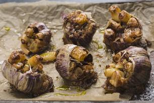 Roasted Garlic with Tuscan Dressing