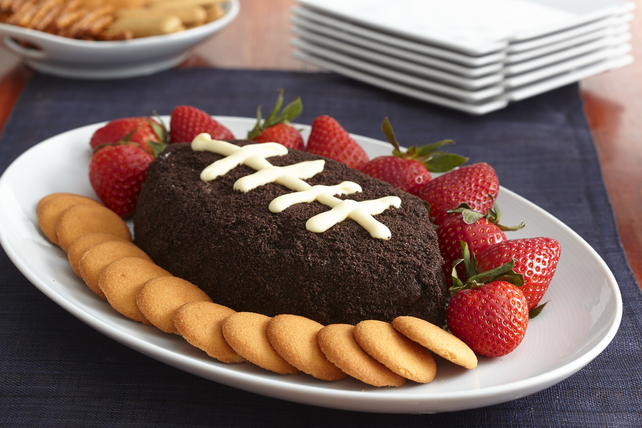 Football-Shaped Cookies and Cream Dip Image 1