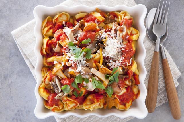 Tortellinis au fromage avec champignons et parmesan Image 1