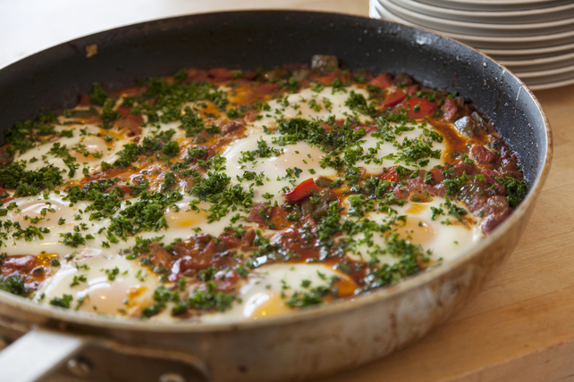 Quick-and-Spicy Tomato-Egg Skillet