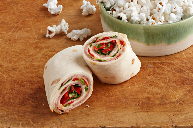 Oscar Meyer Roast Beef together with  moreover California Turkey Club Wrap also Hot Turkey Spinach And Swiss Roll Ups additionally Italian Deli Rollers 208120. on oscar mayer selects natural recipes
