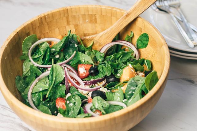 Salade d'épinards aux fruits et au féta Image 1