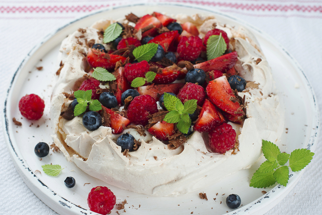 Pavlova with Mixed Berries Image 1