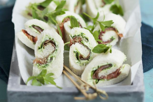 Sandwichs roulés au prosciutto et au basilic Image 1