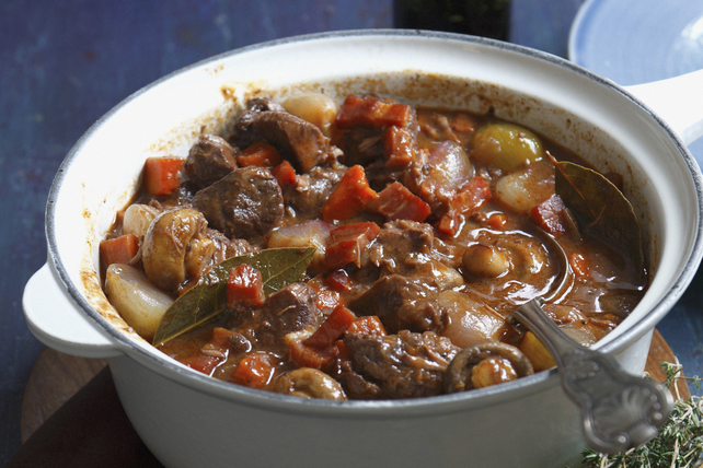 Ragoût de bœuf et de champignons nourrissant Image 1