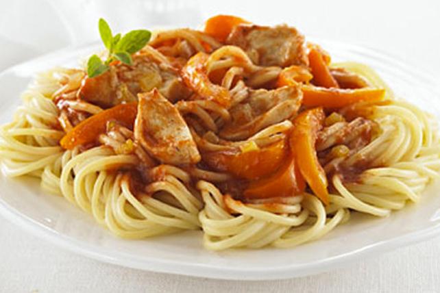 Spaghettinis au poulet, à l'oignon et au poivron Image 1