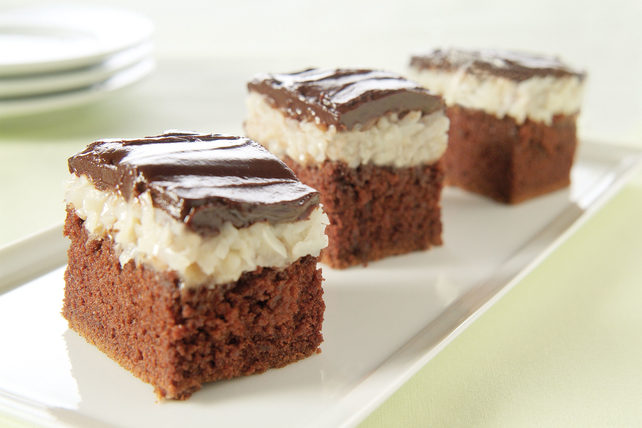 Coconut Candy Bar Cake Image 1